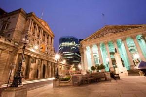 Aspettando il tapering, è la BoE a iniziare a ridurre gli stimoli