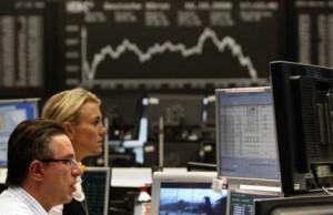 Constancio infiamma l'euro, ma non le borse