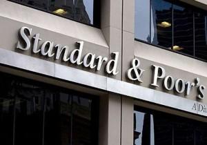 S&P migliora outlook della Spagna, declassato rating Olanda