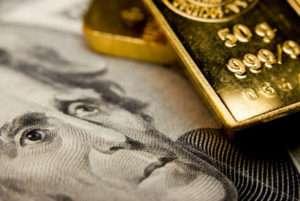 dollaro debole dividendi globali